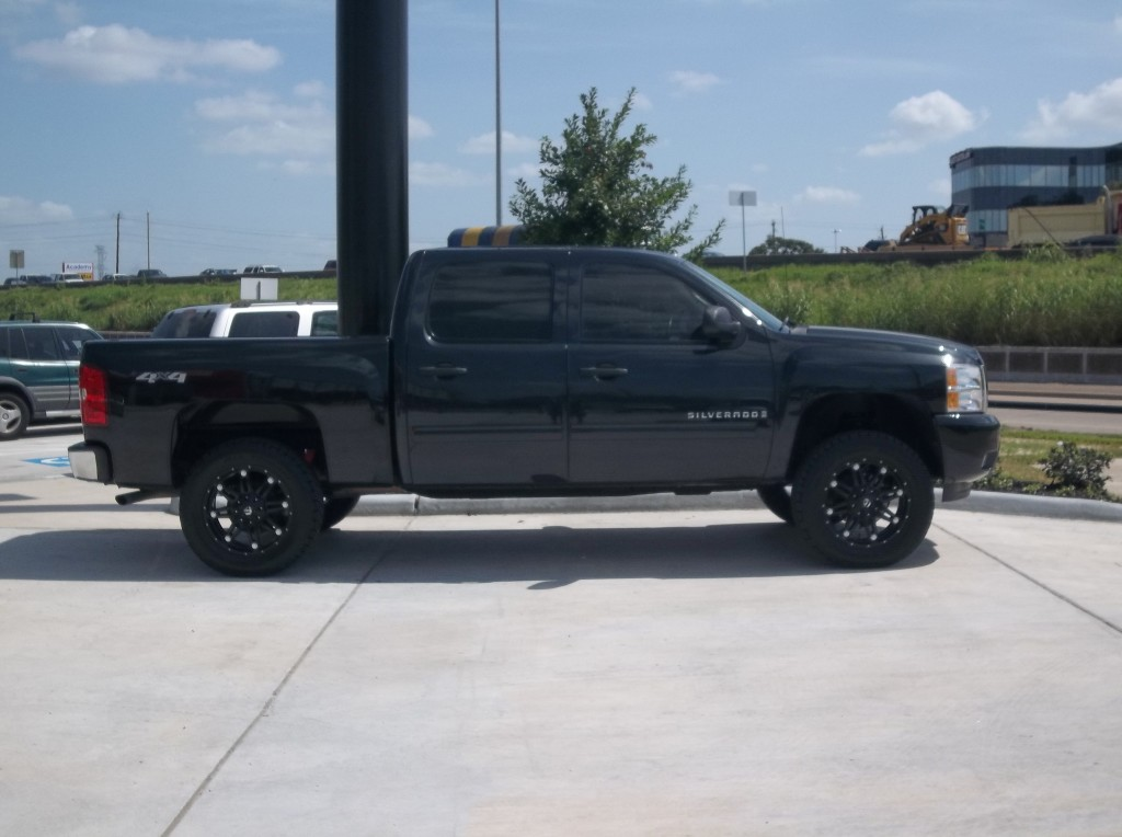 Wheel Offset Gallery also 2015 Silverado Leveling Kit in addition Richard Nixon likewise 171432 Need Opinions Toyo At2 Extreme Vs Toyo Mt besides Watch. on 2014 gmc sierra 1500 285 55 20 tires