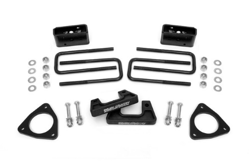 "Rough Country 2.5"" 2014 Chevrolet Silverado 1500 Suspension Leveling Kit"